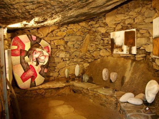 In Höhlen verborgen